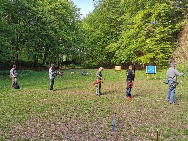 Bogensport-Training im Freien wird wieder aufgenommen