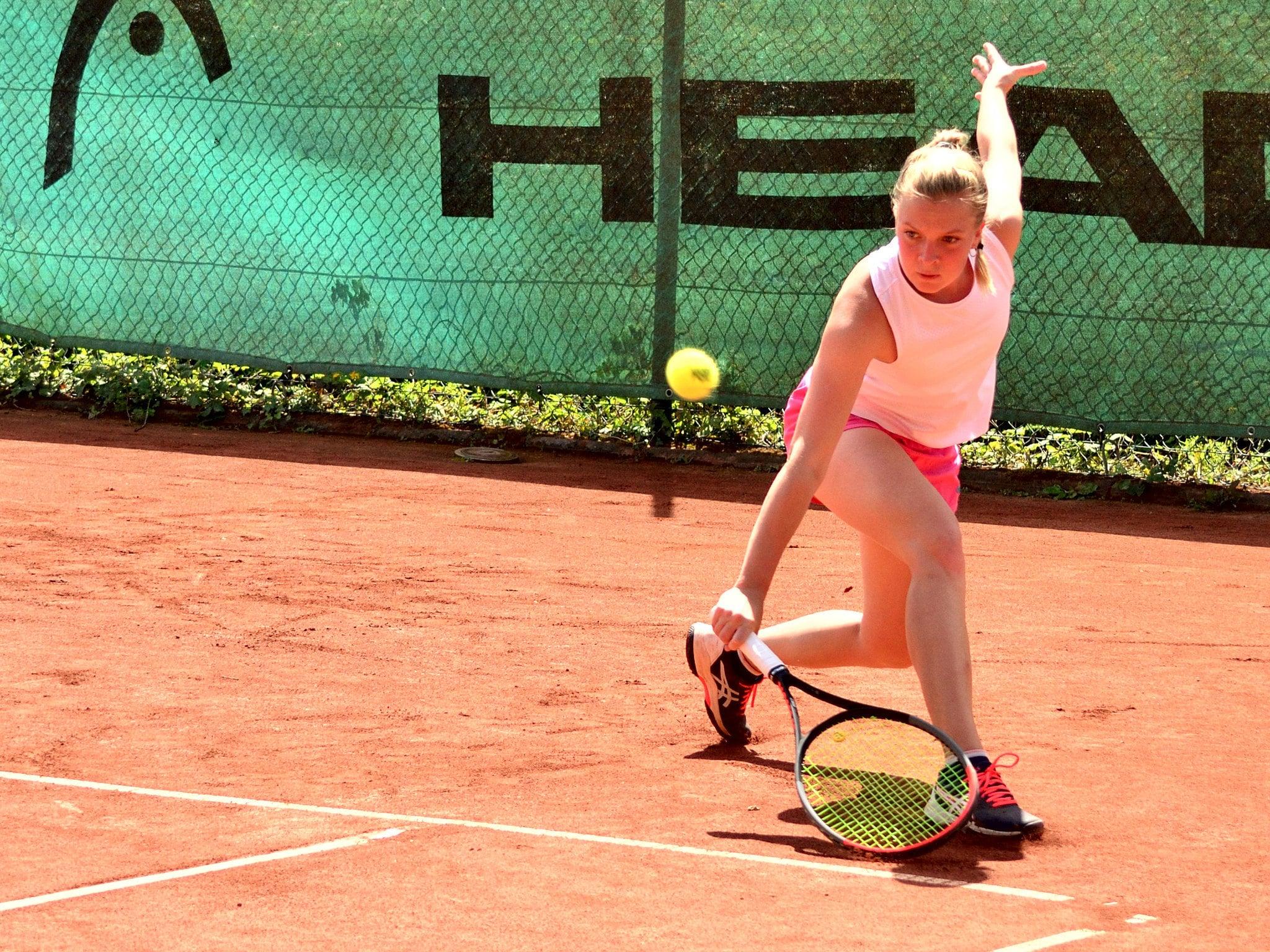 Blau Weiß Hand Sportverein Tennis Luise